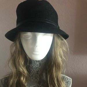 GUESS by Marciano Bucket Hat